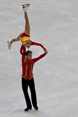 2010 Olympic Figure Skating (***roham***) Tags: uk greatbritain david ice sport vancouver geotagged nikon couple king stacey action unitedkingdom iceskating pair skating champion medal final skater olympic d200 olympics kemp 16th 2010 vancouver2010 sixteenth nikond200 pacificcoliseum 70200mmf28gvrii figureskatiing nikonafs70200f28vrii nikon70200mmf28gvrii