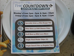IMG_8603 (My PHOTOlulu) Tags: happyhour thecounter kahalamall thecountdown canonpowershots3is