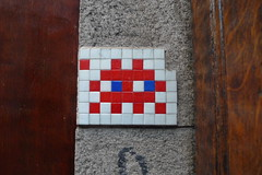 Day 89 (tekstur) Tags: london me make person spaceinvader days to 100 better greekstreet a 100daystomakemeabetterpersonproject