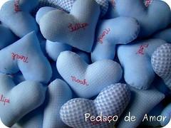 Trabalhando... (Pedaço de Amor) Tags: noah wip corações coração felipe sachets trabalhando bordado