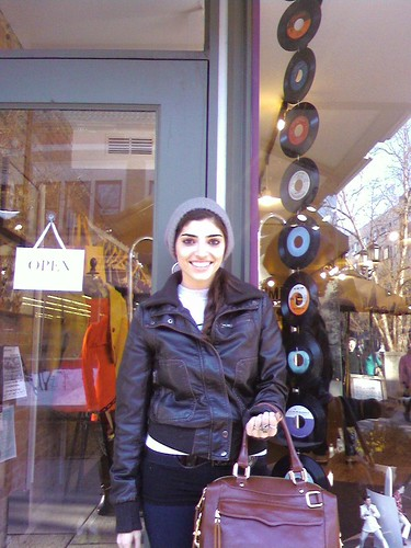 Amanda Setton in front of Petrune!