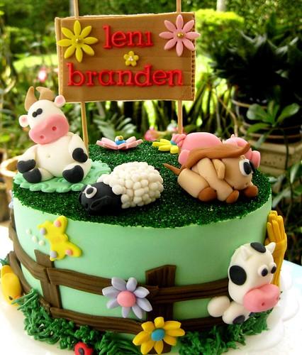 Farm cake theme