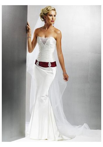 wedding dresses strapless