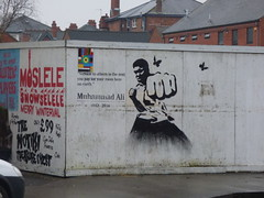 Alcester Road, Moseley - graffiti street art - Muhammad Ali 1942-2016 (ell brown) Tags: moseley birmingham westmidlands england unitedkingdom greatbritain alcesterrd alcesterrdmoseley graffiti streetart mohammedali muhammadali moslelesnowselelemerrywinterval