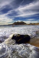 Baroa. (benitojuncal) Tags: espaa praia mar corua do pareja son playa galicia porto castro cielo bao ria noia nube muros espuma nudista baroa ccloud