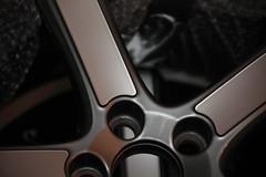 DPP_5Dmk2_0000688 (rsgdodge) Tags: autumn fall car wheel canon volvo t5 2009 c30 volvoc30 midir 5dmkii canoneos5dmkii 5dmk2 c30t5 canoneos5dmk2