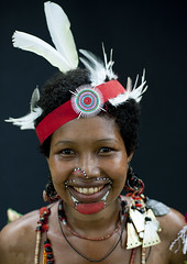Trobriand islands - Papua New guinea (Eric Lafforgue) Tags: pictures portrait people face photo picture culture tribal human papou tribes png tradition tribe papuanewguinea ethnic tribo gens visage headdress headwear papu ethnology headgear tribu 巴布亚新几内亚 ethnologie coiffe papuaneuguinea lafforgue papuanuovaguinea パプアニューギニア ethnie ericlafforgue papouasienouvelleguinée papuaniugini papoeanieuwguinea papuásianovaguiné papuanyaguinea παπούανέαγουινέα папуановаягвинея papúanuevaguinea 巴布亞紐幾內亞 巴布亚纽几内亚 巴布亞新幾內亞 paapuauusguinea ปาปัวนิวกินี papuanovaguiné papuanováguinea папуановагвинея papuanowagwinea papuanugini papuanyguinea 파푸아뉴기니 png4695 humainpersonne بابواغينياالجديدة