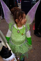 Halloween, Astoria, NY (lotos_leo) Tags: street portrait people urban ny halloween costume community streetphotography astoria steinway