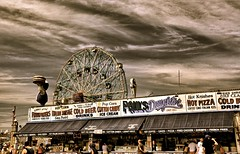 Paul's Daughter of Coney Island (Ken Yuel) Tags: nyc newyork brooklyn coneyisland arcade boardwalk cottoncandy wonderwheel coldbeer frankfurters coneyislandboardwalk gregoryandpauls hotpizza paulsdaughter digitalagent kenyuel