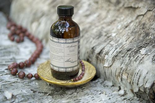 ilha organics amber_oil