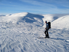 Mini Ski Tour (Jason Whiteley) Tags: jason ski club scotland highlands skiing scottish jo an glen lancashire alpine mountaineering joanne touring munros braemar munro whiteley carn higland shee cairnwell aosda socach 944m 917m