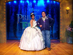 Meeting Princess Tiana at the Ultimate Disney Experience (Loren Javier) Tags: me losangeles burbank tiana d23 waltdisneystudios disneycharacters disneyprincesses disneylandcharacters disneylandcastmembers lorenjavier princessandthefrog ultimatedisneyexperience d23exclusive