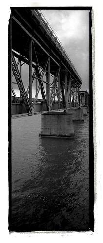 Vertical Bridge at Bahia Honda, 1992