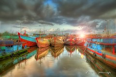 (G Erwin H ( Off )) Tags: water clouds port indonesia ships hdr tpi canon1022mm centraljava cilacap soulscapes canon40d platinumheartaward flickrbestpics jediphotographer lesamisdupetitprince flickraward daarklands mygearandme mygearandmepremium mygearandmebronze mygearandmesilver mygearandmegold mygearandmeplatinum mygearandmediamond flickrawardgallery ringexcellence dblringexcellence tplringexcellence whaticallart