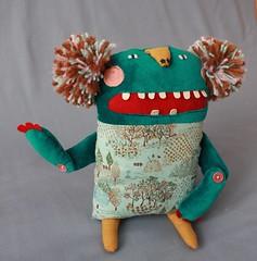 Atticus De La Fonseca (super ninon) Tags: smile toy handmade teeth plush softie ninon pompom characterdesign tealgreen lesmonstris