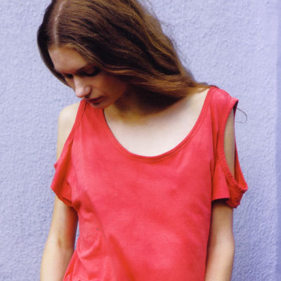 DIY open shoulder t-shirt refashion