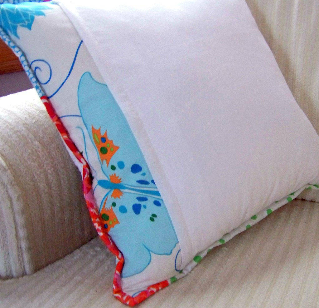 bento pillow back