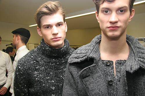Theo Hall3021_FW10_Milan_Dolce&Gabbana BS(V MAN)