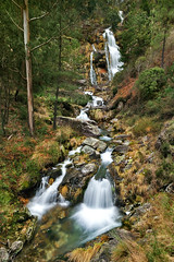 winter waterfall (Paulo Brandão) Tags: naturaleza waterfall spain natura galicia cascada fervenza boiro exif:iso_speed=200 cadarnoxo camera:make=nikoncorporation exif:focal_length=15mm camera:model=nikond90 exif:make=nikoncorporation geostate exif:model=nikond90 exif:lens=100240mmf3545 geo:countrys=spain geo:lat=42707189 geo:lon=8900262 geo:city=boiro