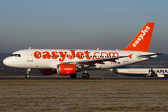 G-EZDY - 3763 - Easyjet - Airbus A319-111 - Luton - 100104 - Steven Gray - IMG_5951