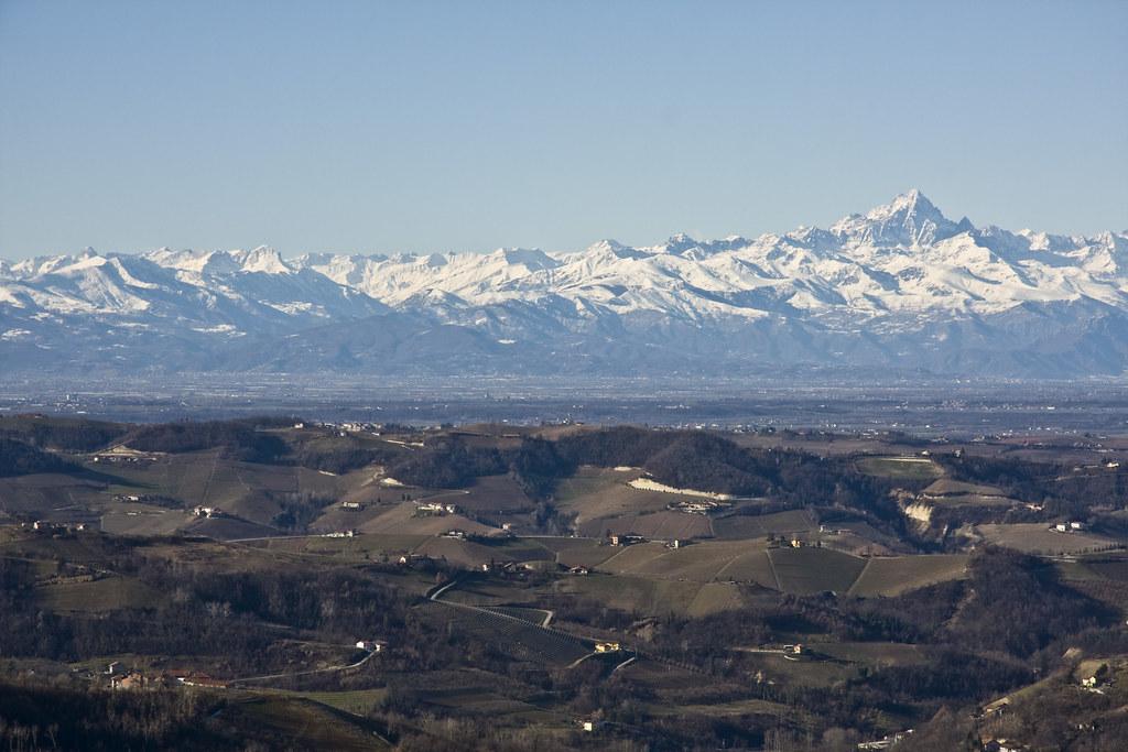 Langhe & Monviso Landscape (by storvandre)