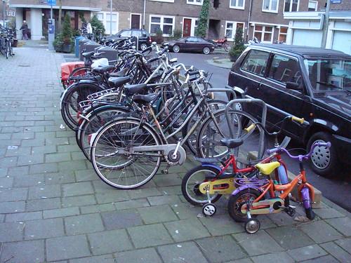 Bicicletas na Holanda: cultura de pai pra filho