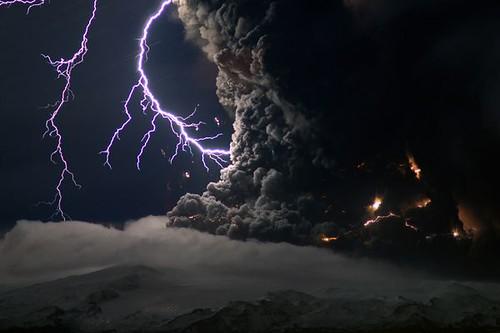 iceland volcano lightning. iceland-volcano-lightning-2
