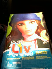 Liv Katie Box! (Alberto.Gar) Tags: world 2 doll box katie spin master liv wigs deboxed