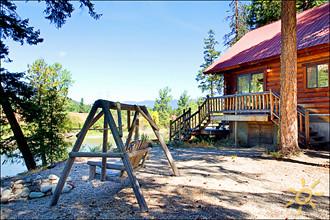 Marie's Cabin - Village of Plain, Leavenworth, Washington