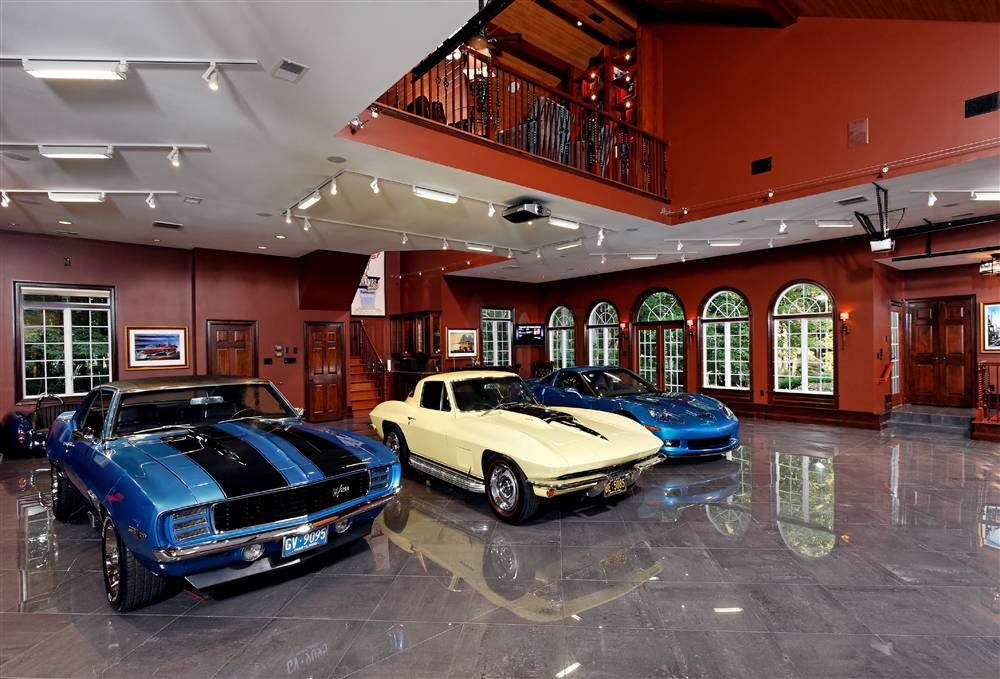 World S Most Beautiful Garages Amp Exotics 100 Pics