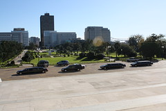 Funeral Procession 2 (tjean314) Tags: gov dave david treen death funeral procession limo limousine hearst capitol capital governor baton rouge batonrouge louisiana tjean314 2009 johnhanley public dead dying allphotoscopy20052017johnhanleyallrightsreservedcontactforpermissiontouse
