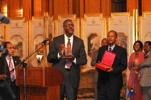 Prof. Gebisa accepting a medal from the President of Ethiopia