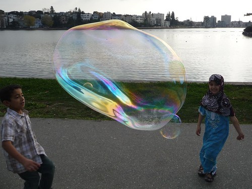 Kids Love Bubbles