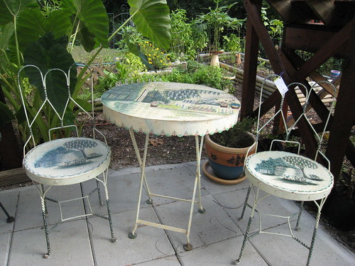 Metal Folding Garden table set- $125.00