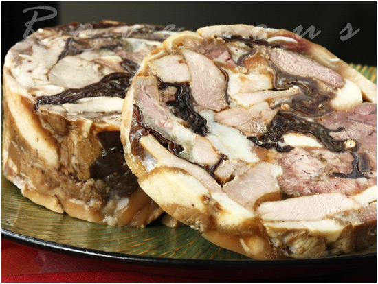 gio thu head cheese
