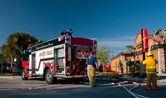 South Trail Fire District, FL - Structure Fire, Famous Dave's Restaurant (Timothy Wildey) Tags: spartan stfd bshift leecountyflorida engine61 southtrailfiredistrict 021310famousdavesrestaurant