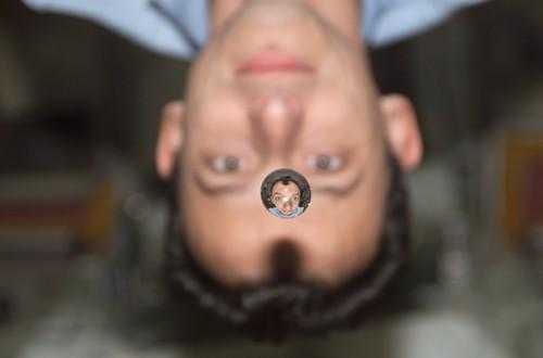 Pedro Duque y un burbuja