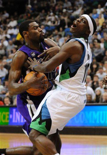 20100331-johnny-flynn-tyreke-evans