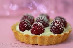 Sugar Sprinkles (NOURA - alshaya ♔) Tags: canon flickr d sugar iso sprinkles 500 non noura 2011 فليكر نورا نوره نوني نويروا nouero