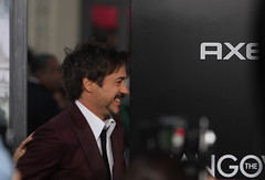 Robert Downey, Jr. (kjdrill) Tags: california justin usa mike zach movie ed paul losangeles tyson ken bradley hollywood cooper premiere blvd helms giamatti bartha jeong 1642 galifiankis hangoverpart2 monkeythailandfilmcomedyfunny