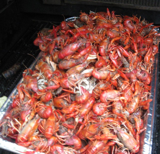 pile of crawfish