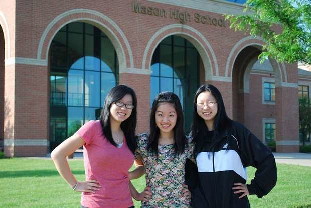 Jenny & Lynne Liao, Linda Yao