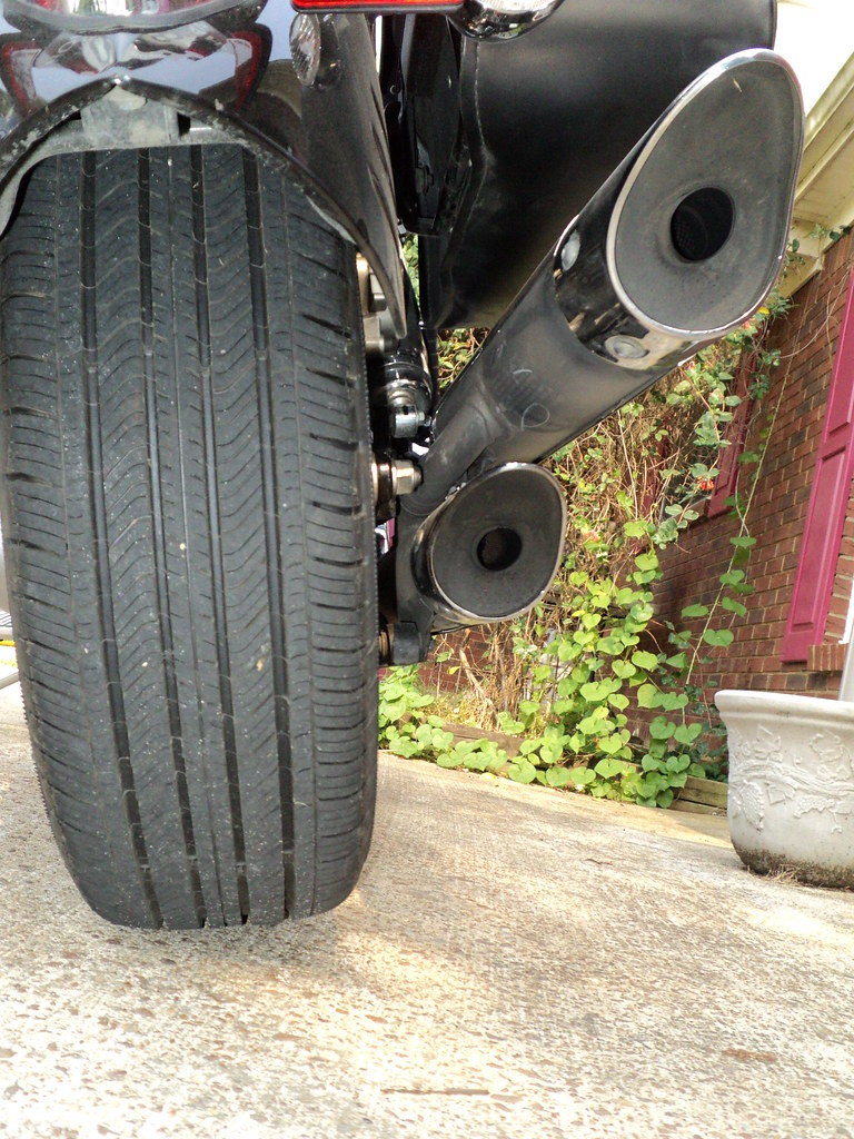 Motorcyle Tire VS Car Tire