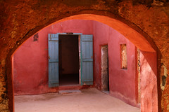 "Blue door, arch and walls... (Zé Eduardo...) Tags: ""houseofslaves unesco house islândia historic arch wall blue architecture dor áfrica senegal gorée"