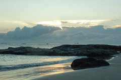 promise for a beautiful day... (@petra) Tags: petra onceasummertime backintime seascape morning sea sand beach rocks earlymorning awakening nikon