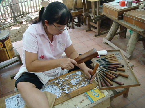 Thailand: Wood Carving Factory @ Song About Jen
