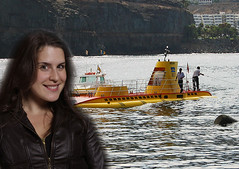 Yellow Submarine (Bambrette) Tags: photoshop song submarine beatles yellowsubmarine amandamabro
