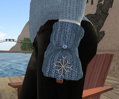 Chimney Hunt 016 Reek mittens