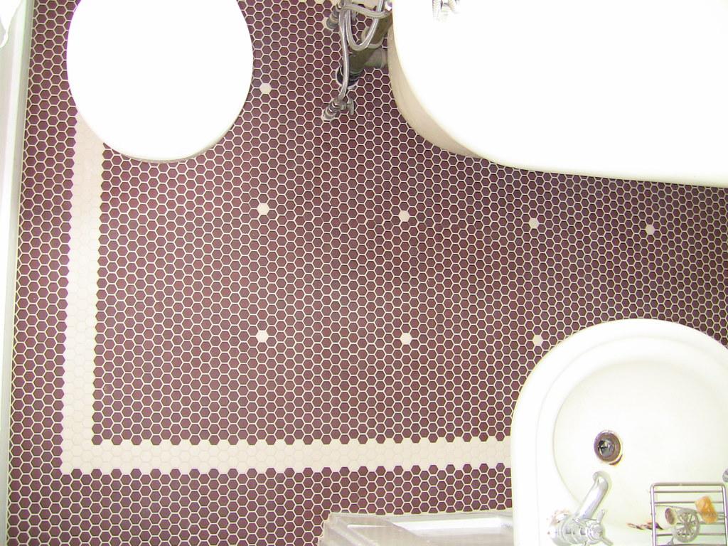 craftsman-tile-bath-floor