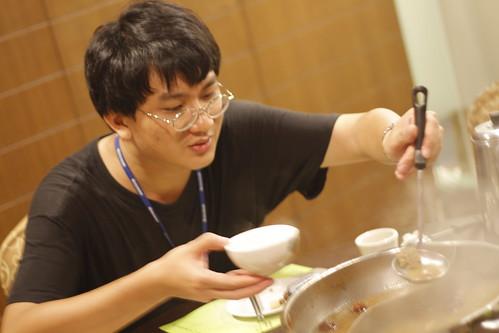 kai fai eating